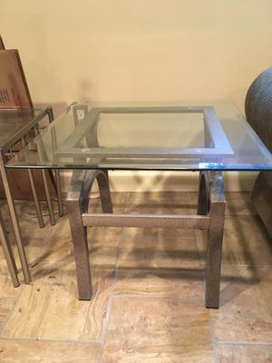 Short Glass End Table for Sale in Hartsdale, NY