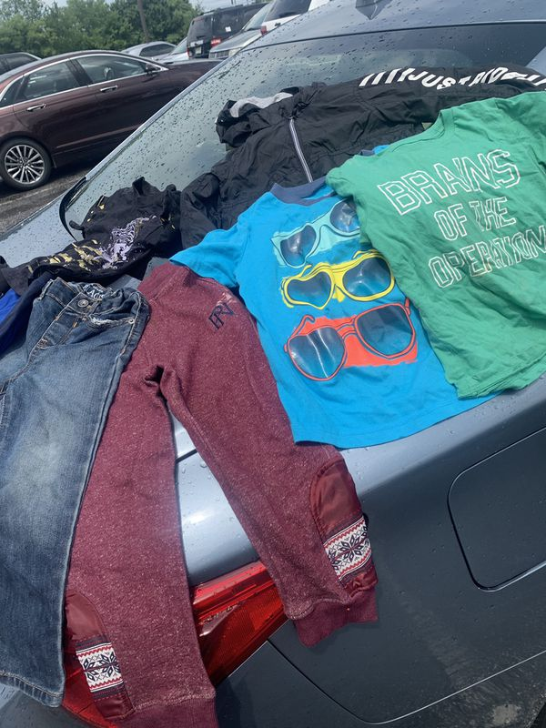 Boys clothes 4t and one 3t jeans