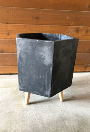 Planter Pot for Sale in Austin, TX