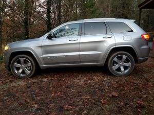 2014 Jeep Grand Cherokee Overland Hemi V8 for Sale in Marion, NC