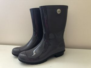 *LIKE NEW* Women's UGG Sienna Waterproof Rain Boots for Sale in Chicago, IL