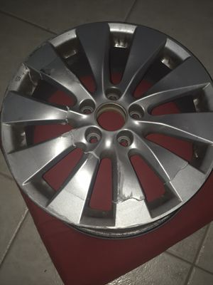 Broken Honda Accord 2013. RIM for Sale in Miami, FL