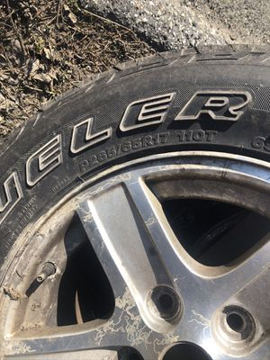 P265/65R17 and Dodge Durango Rims SET OF 4 tires with rims for Sale in Lee, MA