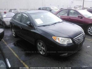 2008 Hyundai Elantra parting out. Parts good 2007-2010 for Sale in Portland, OR