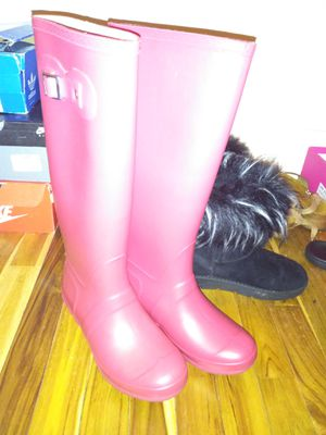 Brand New rain boots never worn once for Sale in Cincinnati, OH