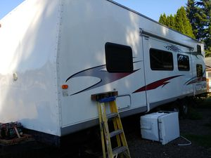 2007. Thor Vortex toy hauler 27 foot for Sale in Vancouver, WA