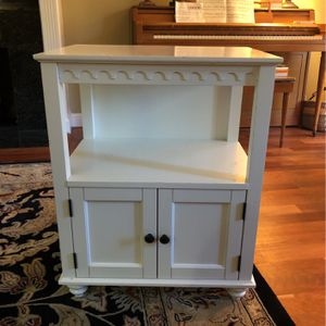 White Bedside Table for Sale in Alamo, CA