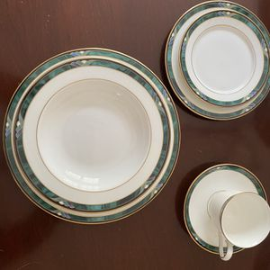 Lenox China Full Set for Sale in Marietta, GA