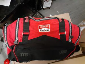 Duffle bag for Sale in Oakland, CA