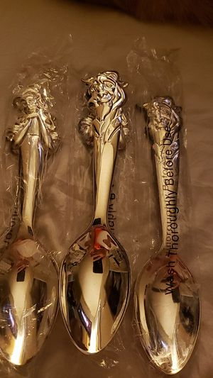 DISNEY BEAUTY THE BEAST SPOONS for Sale in Burbank, CA
