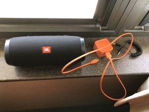 JBL CHARGE 3 W/ CHARGER & AUX CORD for Sale in Jacksonville, AR