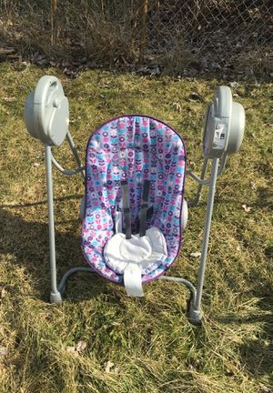 Baby swing and stroller Like New for Sale in Eastpointe, MI