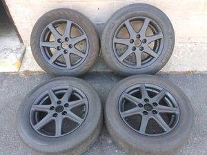 Black Honda stock 16 inch aluminum rims. 5 on 4.5 lugs for Sale in Montebello, CA