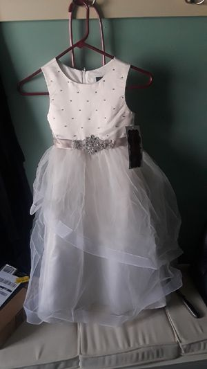 Girls - Size 6 - flower girl dress / formal dress for Sale in Atlanta, GA