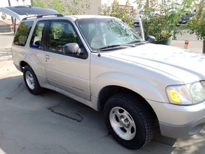 2002 ford explorer sport 2wd for Sale in Bakersfield, CA