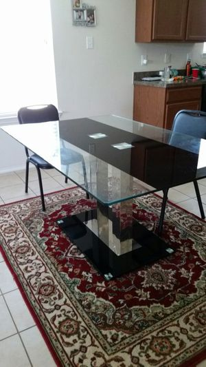 Kitchen/Dining Table and 2 chairs for Sale in Fort Worth, TX