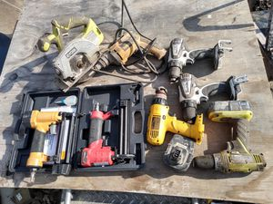 Couple finishing guns, couple drills cortles saw, electric drill. for Sale in Blue Island, IL