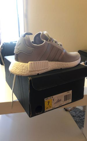 Adidas boost. Brand new women's size 7 for Sale in San Francisco, CA