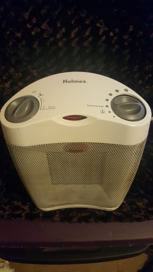 White Holmes space heater with thermostat for Sale in Kernersville, NC