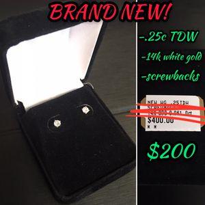 14k White Gold Screwback Diamond Earring Set (.25c TDW) for Sale in Portland, OR