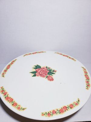 Vintage rotating musical cake stand for Sale in Hyattsville, MD