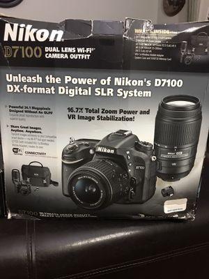 Nikon camera kit for Sale in Miramar, FL
