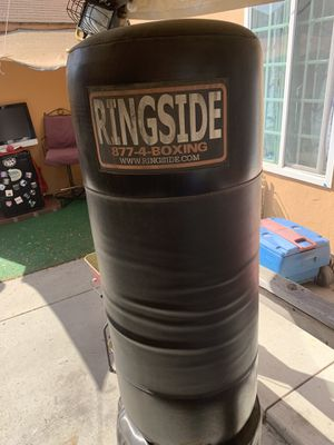 Punching bag.. for Sale in Pico Rivera, CA