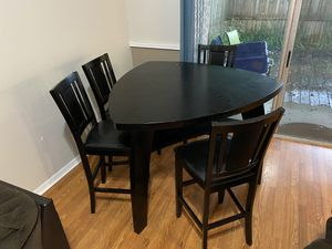 High top kitchen table for Sale in Winter Park, FL