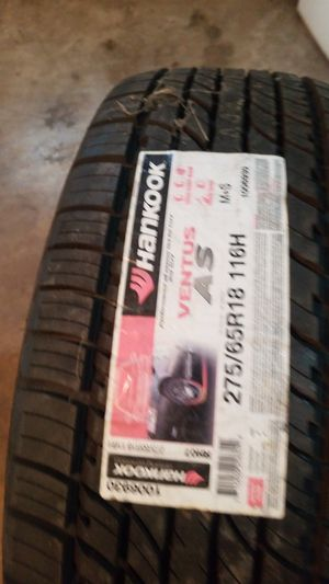 1 Hankook/1 Michelin tires New for Sale in Kansas City, MO