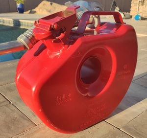 Bellino 6l vintage 1970's spare tire gas canister (red) for Sale in Queen Creek, AZ