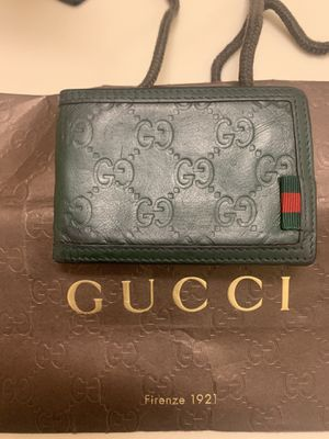 Gucci wallet ***AUTHENTIC*** for Sale in Moreno Valley, CA