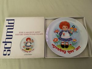 "THE SCHMID COLLECTIONS ""THE RAGGEDY ANN & ANDY PLATE IN ORIGINAL BOX #2 for Sale in Henderson, NV"