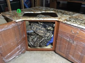 Kitchen cabinets & granite counter tops for Sale in Lexington, NC
