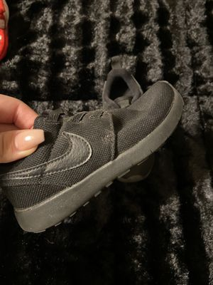 Toddler Nike's size 9 for Sale in Fresno, CA