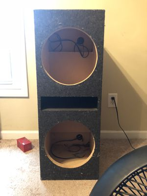 """Dual 12"""" subwoofer box for Sale in Hillsborough, NC"""