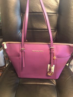 Michael Kors Purple Handbag Tote Purse for Sale in Denver, CO