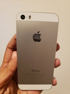 iPhone 5S , UNLOCKED for All Company Carrier,  Excellent Condition like New for Sale in Springfield, VA