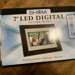 "Shomi 7"" Digital Photo Frame for Sale in Vancouver, WA"