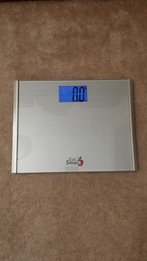 Back-lit bathroom scale. Excellent condition. for Sale in Vista, CA