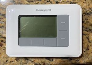 Thermostat (Honeywell) for Sale in Rocky River, OH