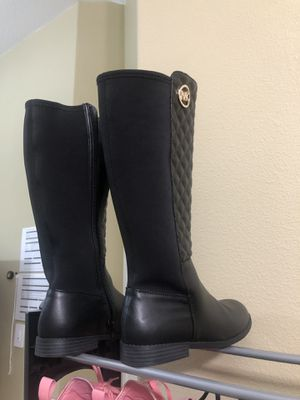 Michael Kors women's boots. Size 5-5.5 for Sale in Beaverton, OR