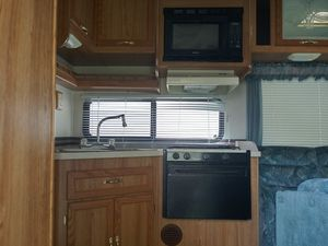 Catalina coachman sport. for Sale in Grove City, OH