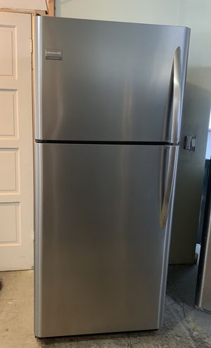 Fully Functional Stainless Steel Frigidaire Top Freezer Refrigerator for Sale in Cerritos, CA
