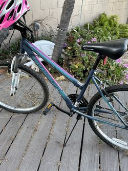 Girls Bike for Sale in Los Angeles,  CA