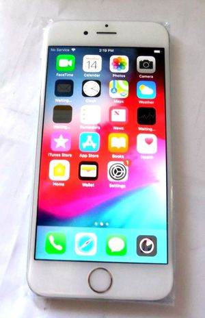 iPhone 6s 16gb Silver Boost Mobile Certified pre-loved for Sale in Martinsburg, WV