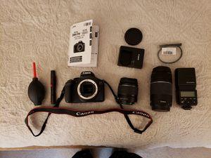 EOS Rebel T6 1300D DSLR Camera for Sale in Bakersfield, CA