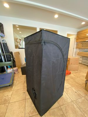 TOPOGROW TENT, Black exterior, Metallic Interior, 2 ft by 4 ft for Sale in Los Angeles, CA