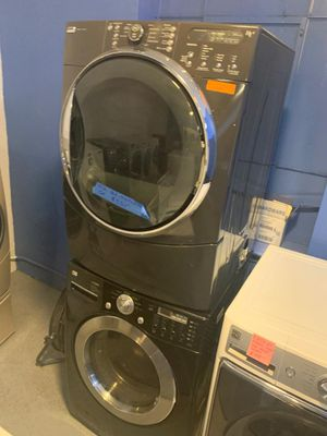 Front load washer and dryer mix and Mach in excellent condition for Sale in Baltimore, MD