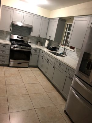 Kitchen cabinets best prices and quality guaranteed for Sale in Los Angeles, CA