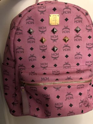 Pink mcm backpack for Sale in Los Angeles, CA
